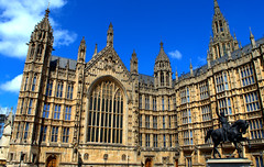 Palace of Westminster (Tony Worrall) Tags: british unitedkingdom stream tour county country capture outside outdoors caught photo shoot shot picture captured architecture building built london south southeast capital city southern uk update place location visit attraction open england english westminster ornate palaceofwestminster palace housesofparliament