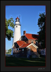 Pt Huron Lighthouse (the Gallopping Geezer '4.8' million + views....) Tags: lighthouse light warning warninglight ships shipping lake greatlakes lakehuron porthuron mi michigan transportation boat travel old historic water lakeside canon 6d geezer 2016