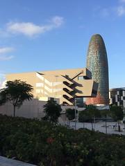 Museu del Disseny & Torre Glòries (frankrolf) Tags: barcelona dhub glòries jeannouvel mbmarquitectes museudeldisseny torreagbar torreglòries
