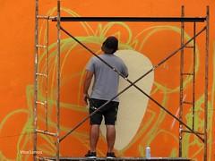 Arte Urbana - Verride (verridário) Tags: arte urbana urban sony verride baixo mondego orange wall people street rua rebuliço festival painting peinture malerei картина boyama 繪畫 絵 art