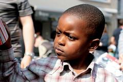 Gédéon #3 Grumpy (just.Luc) Tags: belgium belgië belgique belgien belgica africaneuropean boy jongen garçon knaap knabe junge niño machelen vlaamsbrabant vlaanderen flanders flandres face gezicht portrait visage portret ritratto retrato