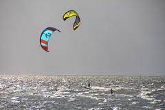 Beachkiten (Elbmaedchen) Tags: nordsee küste northsea cuxhaven cux wassersport kiten strandkiten flut