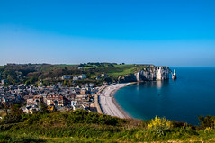 Étretat (Tony Shertila) Tags: 20170421082136 étretat normandie france europe coast town panorama bay cliff sea sky outdoor fra