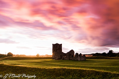 Knowlton church with a fiery sunset sky! (Fakeliquid) Tags: knowlton church fiery sunset sky ruins ruin fire 7d canon samyang 14mm ghosts haunted