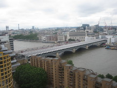 Rooftop view from The Switch House, Tate Modern, London SE1 (John Steedman) Tags: rooftop 110southwarkst london se1 southwark uk unitedkingdom england イングランド 英格兰 greatbritain grandebretagne grossbritannien 大不列顛島 グレートブリテン島 英國 イギリス ロンドン 伦敦 blackfriarsstation