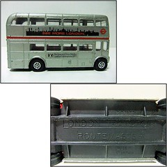 LONDON TRANSPORT ROUTEMASTER / SILVER JUBILEE BUS - CORGI TOYS (RMJ68) Tags: aec london transport routemaster silver jubilee bus 1977 double decker corgi toys mettoy diecast coches cars juguete toy autobus queen 25