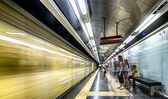 Dante 4 (isnogud_CT) Tags: dante statione bahnhof bahnsteig ubahn underground reisende linea1 neapel italien