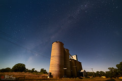 Yeoval (Bill Thoo) Tags: yeoval parkes nsw newsouthwales australia milkyway stars night sky granary town village rural bush farming nature landscape astro astrophotography longexposure moonlight moonlit sony a7rii ilce7rm2 samyang 14mm