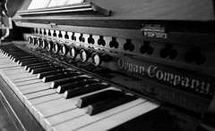 Organ Co., Kline Creek Farm. (X70) (Mega-Magpie) Tags: fuji fujifilm x70 indoors organ company old musical instrument keys black white mono monochrome kline creek farm west chicago dupage il illinois usa america music