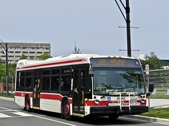 Toronto Transit Commission 8580 (YT | transport photography) Tags: ttc toronto transit commission nova bus lfs