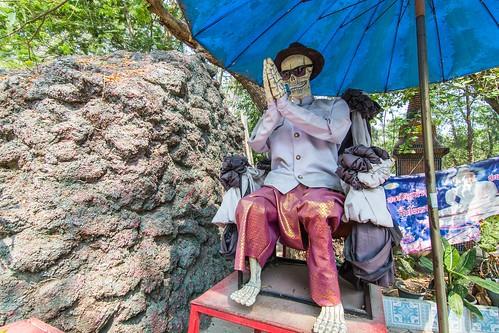 wat muang - ang thong - thailande 10