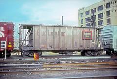 CB&Q Class LO-2C 87594 (Chuck Zeiler) Tags: cbq class lo2c 87594 burlington railroad covered hopper chicago train chuckzeiler chz