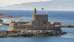 Faro de Rodas (nicovm14) Tags: isla rodas castillo grecia greece rhodes fortaleza faro sea coast ocean water lighthouse costa mar oceano