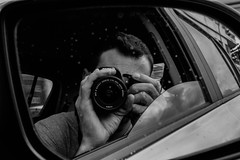 The other side of the mirror (Mica.LRecorder) Tags: me bw black white preto e branco pb eu espelho mirror carro car canon reflexo refletion