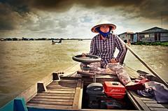 Sur le Tonlé Sap (Edy F.) Tags: fleuve river bateau tonlésap boat hss