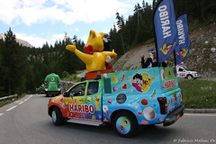 IMG_1556-28 (Fabrizio Malisan Photography @fabulouSport) Tags: caramelle sweets sweet haribo briancon ciclismo coldizoard cycling fmphotoscouk fabriziomalisanphotography izoard tdf17 tourdefrance tourdefrance2017 france warrenbarguil chrisfroome barguil froome aru fabioaru sky teamsky sunweb team landscape frenchalps velo cyclisme hautesalpes procycling cyclingphotography cyclingphotographer cicloturismo tour touring travel bike biking bikers ride riding rider riders paysage paysages paesaggio paesaggi mountain mountains alps alpes alpi alpine stage stage18 tourdefrance2017images tourdefrance2017photos tourisme turismo tourism caravane la lacaravane lacaravanedutourdefrance skoda carrefour pois maillotapois