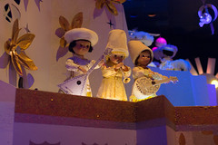 It's A Small World (Justlai87) Tags: disneylandresort disneylandcalifornia disneylandanaheim disneyland california fantasyland smallworldmall itsasmallworld happiestplaceonearth darkride