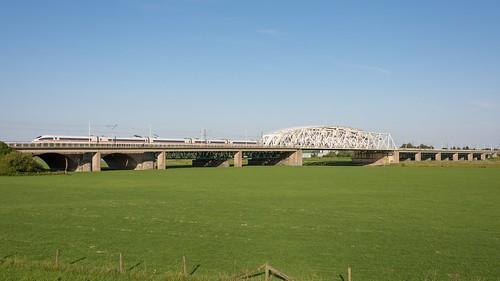Arnhem IJsselbrug ICE3m 4601 rit 122 Amsterdam Centraal