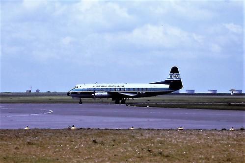 G-AZNA V Viscount BMA EMA 27-05-1975