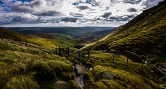down the valley HFF (Phil-Gregory) Tags: nikon d7200 wideangle ultrawide wide gate fairbrook colour fence hff ngc national nature nationalpark naturalphotography naturalworld natural naturephotography wild kinderscout scenicsnotjustlandscapes landscapes green