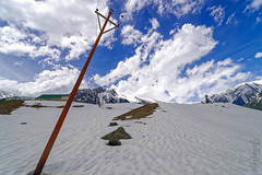 Snow 36 ... (Bijanfotografy) Tags: sonamarg snow kashmir jammukashmir jk india mountainside nikon nikond800 zeiss zeiss15mm zeissdistagon15mm28 landscape
