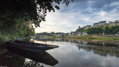 Chinon (Michel Images) Tags: bâteau canonef1635f4 canoneos5d4 fleuve loire rivière chinon centrevaldeloire france