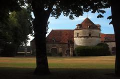 Le pigeonnier — château d'Époisses, Côtes-d'Or, Bourgogne, juin 2017 (Stéphane Bily) Tags: stéphanebily bourgogne burgundy france époisses château castle castel