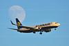 B 737-800 Ryanair (belas62) Tags: landing jet airliner boeing spata greece moon σπάτα προσγείωση αεροπλάνο airplane