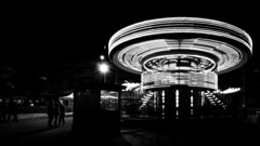Carrousel de Lacanau (jayphoto4) Tags: carrousel people blackandwhite blackcolor lifescene light stucture street urban urbanscene party play transportation travel holidays