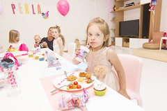 Little Miss (kur nykštukai gyvena) Tags: little miss birthday perla party kurnykstukaigyvena guphotography happy moments joy kids portrait fun peace love lithuania year gift pink lady girl