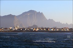 Approaching Andenes (ChipRossMaine) Tags: andenes ferry andøya norway canoneosrebelt7i canoneos800d rebelt7i eos800d chipsfolio midnightsun