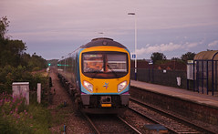 185140 South Milford 11/07/2017 (Flash_3939) Tags: 185140 class185 dmu dieselmultipleunit tpe transpennineexpress deisro new livery southmilford som station 1k30 fone rail railway train uk july 2017