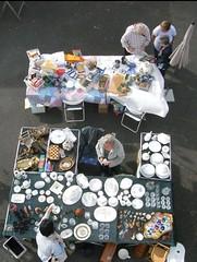 Rares gegen Bares auf dem Trödelmarkt Lambertsberg - PAP (Credi) Tags: lambertsberg trödelmarkt antikmarkt flohmarkt pap porzellan aussteuer