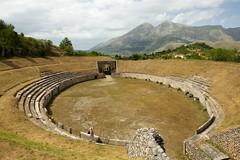 anfiteatro - Alba Fucens (peet-astn) Tags: anfiteatro albafucens marsica abruzzo