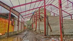 Le silo à grains - Enghien - Grain Factory - Edingen (p.franche occupé - buzy) Tags: belgium belgique belgïe europe pfranche pascalfranche hdr dxo flickreliteenghienedingenurbexusine à grainsgrain factorymétalmetalbriquedecayabandonedabandonruineruinoloneo photoengine 2010 poutres rouge red decay abandon abandoned urbex rurex ruin