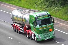 VOLVO FH - HARRY LAWSON Broughty FerryAngus (scotrailm 63A) Tags: lorries trucks tankers lawson