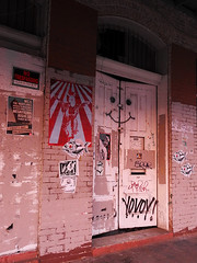 Austin - No Trespassing (Drriss & Marrionn) Tags: austin austintx texas usa outdoor travel streetviews street streetscene streetlife urbanjungle citytrip eastsixthibizdistrict building buildings city vivid nightshot evening graffiti stickerart art