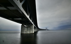 Monumental (thobia_s - https://twitter.com/thobia_s - thobiasp) Tags: bridge hdr longexposure water sweden denmark