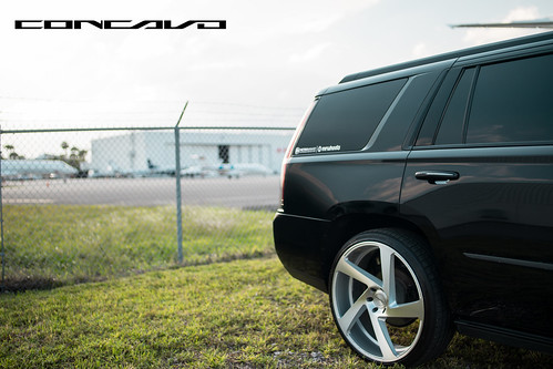 """Cadillac Escalade on 5D Brushed Silver • <a style=""""font-size:0.8em;"""" href=""""http://www.flickr.com/photos/77888731@N08/35989094875/"""" target=""""_blank"""">View on Flickr</a>"""