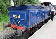 250 | steam engine – Broomhill station (Mark & Naomi Iliff) Tags: broomhill strathspeyraily railway preserved heritage railroad steam engine locomotive 828 caledonianrailway class812 060 1899