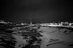 Longyearbyen (morten f) Tags: longyearbyen svalbard winter vinter snow snø cold norway arctic night light natt lys mørketid mørkt dark city norge sky mountain fjell himmel