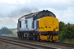 37405 - North Fen Drove - 23/07/17. (Trphotography04) Tags: train railways class 37 tractor cambridgeshire little downham drs direct rail services thrash 37405 rumbles past north fen drove working 0z02 1015 norwich cpt trsmd derby rtcnetwork