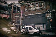 London - Streetlife (☺dannicamra☺) Tags: nikon d5100 uk great britain england london city street urban stadt strase traffic