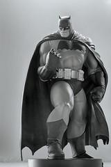 Batman by Andy Kubert | Statue | DC Collectibles (leadin2) Tags: dc collectibles batman darkknight dark knight returns comics 2017 canon andy kubert designer series statue black white blackandwhite