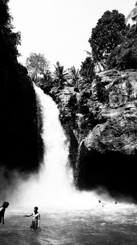 Tegenungan Waterfall, Kemenuh, Sukawati