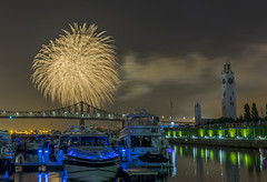 fireworks-in-the-old-port-by-eva-blue-16_35228596073_o (The Montreal Buzz) Tags: fireworks feuxdartifices oldport vieuxport montreal evablue