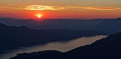 COUCHER DE SOLEIL AU REVARD- SAVOIE (Odile ENTRE MER ET MONTAGNE) Tags: coucherdesoleil ciel sky sunset montagnes rhonealpes lerevard lac lacdubourget rhônealpes savoie