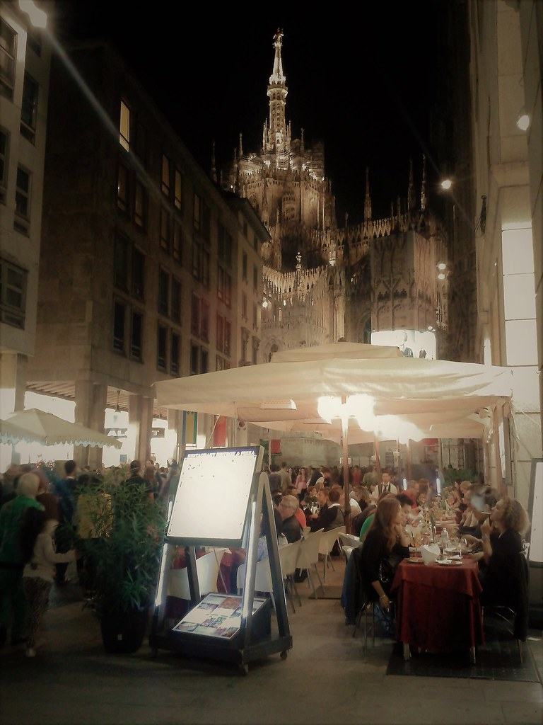 The world 39 s best photos of madonnina and milano flickr for Bar madonnina milano