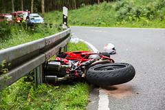 Tödlicher Motorradunfall L3033 (Wispertal) 23.07.17 (Wiesbaden112.de) Tags: feuerwehr frontalunfall kurve l3033 motorradunfall rettungsdienst tödlich wispertal motorrad
