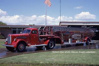 Sacramento FD -- Truck 10, circa 1972